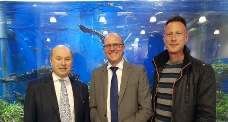 Defra minister visits Pets at Home store during Invasive Species Week