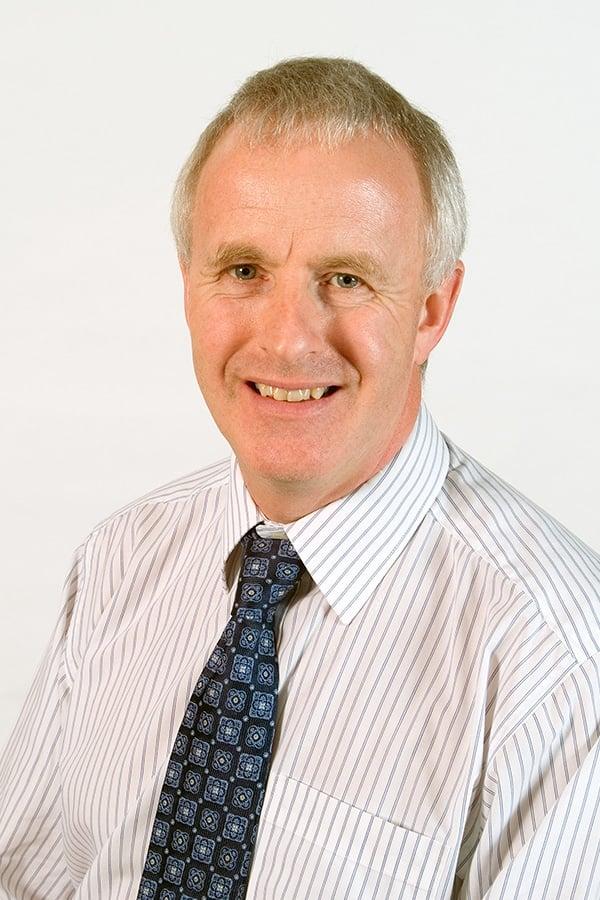 Dr David Pool